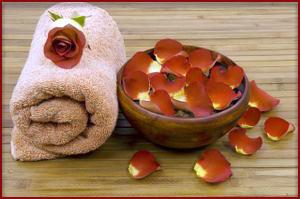 Романтический набор для ванной - лепестки роз и роза
