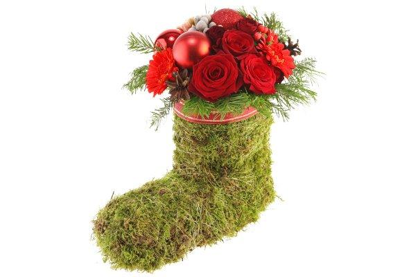 новогоднее украшение своими руками с цветами и ветками ели