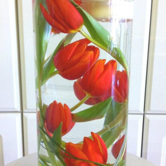 цветы в вазе в воде